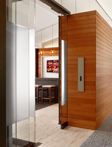 suite-19-entrytif