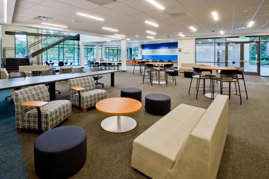 student-lounge-3jpg