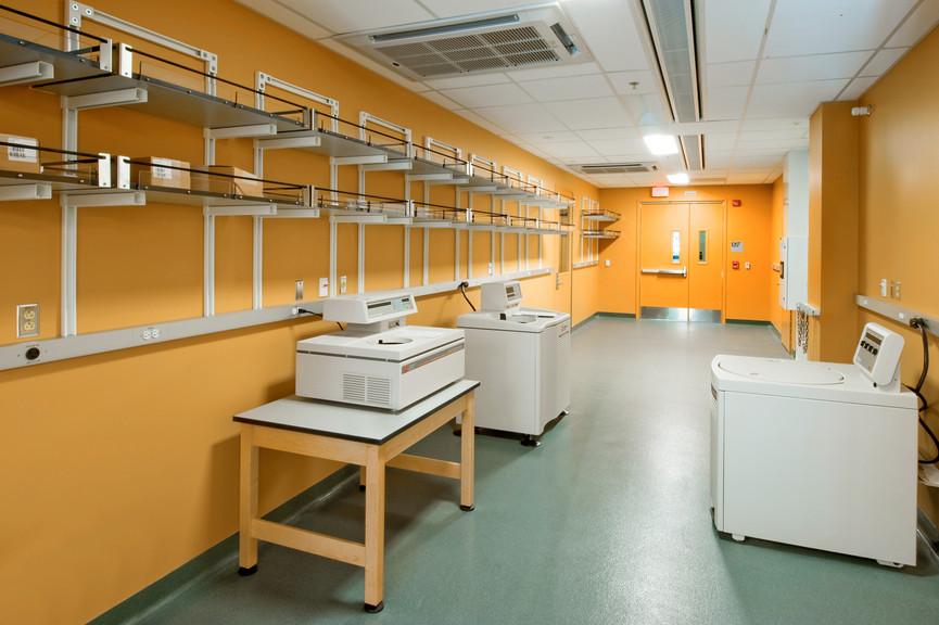 vestibule-with-centrifugesjpg
