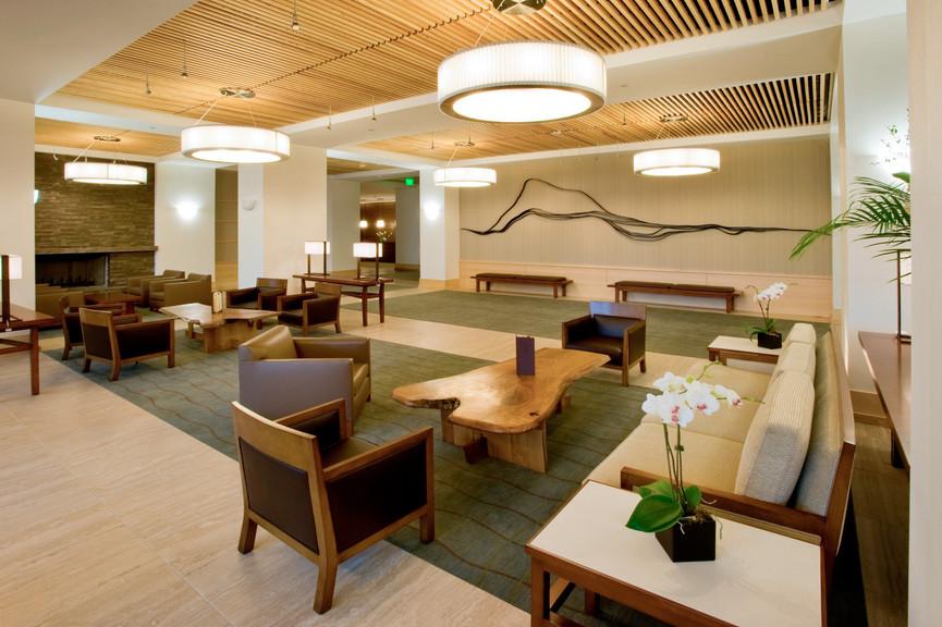 lobby-towards-entryjpg