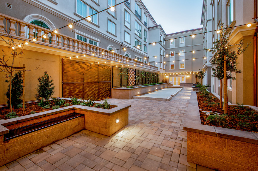 west-courtyard-1jpg