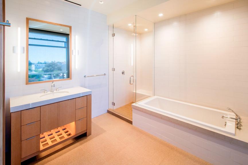 secondary-bathjpg