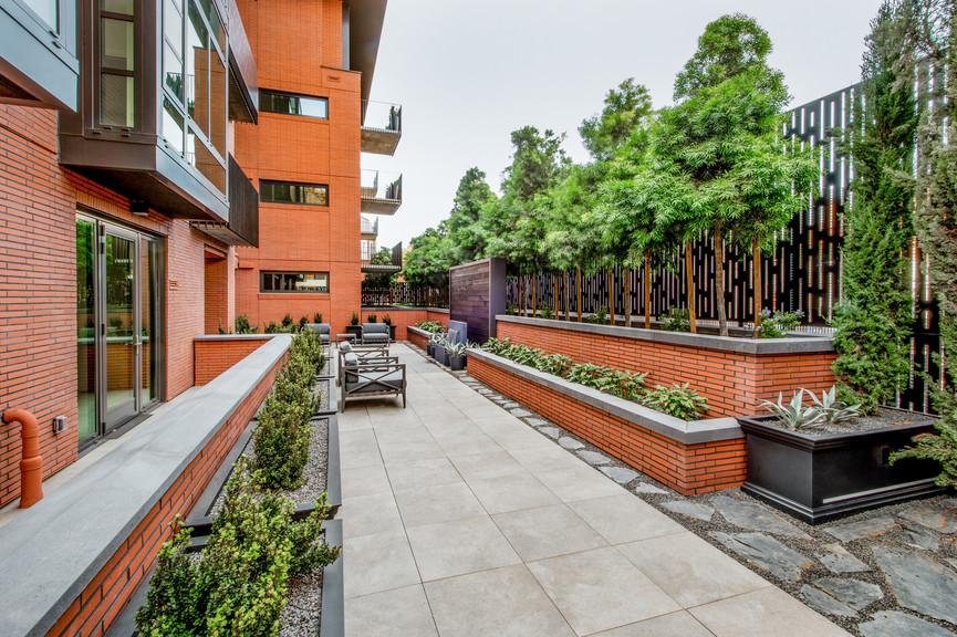 courtyard-2jpg