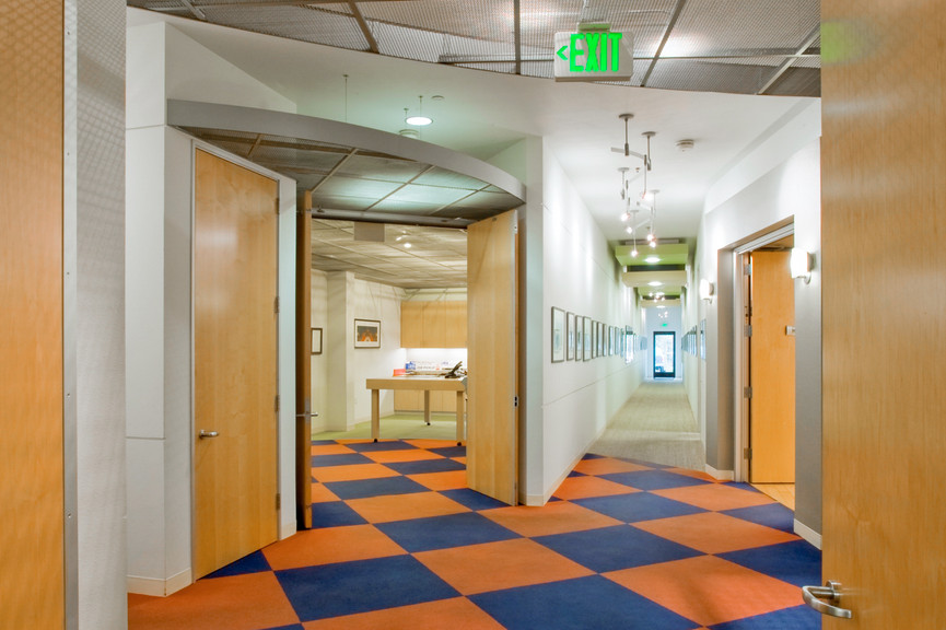 hallway-vert.jpg