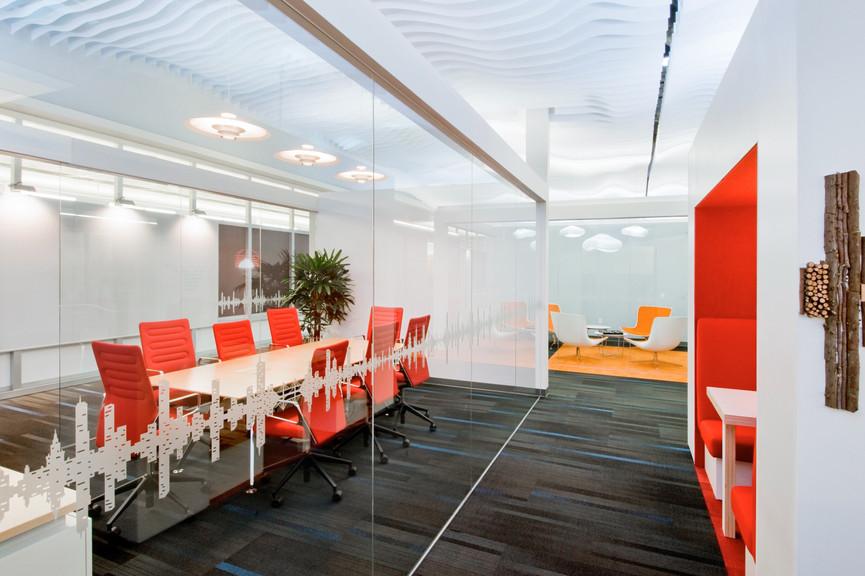 meeting-room-and-cloudjpg