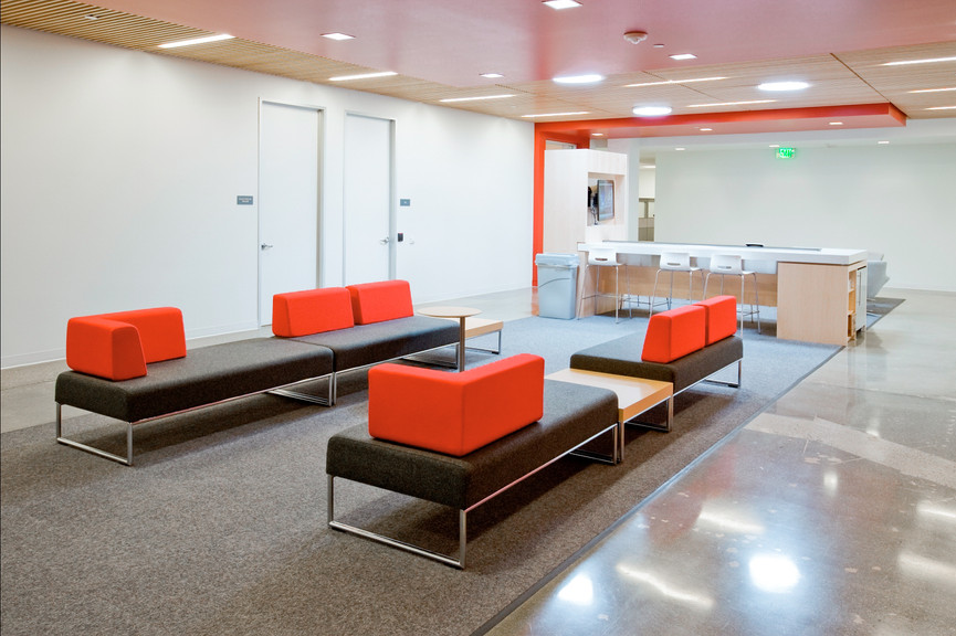 seating-area-2jpg