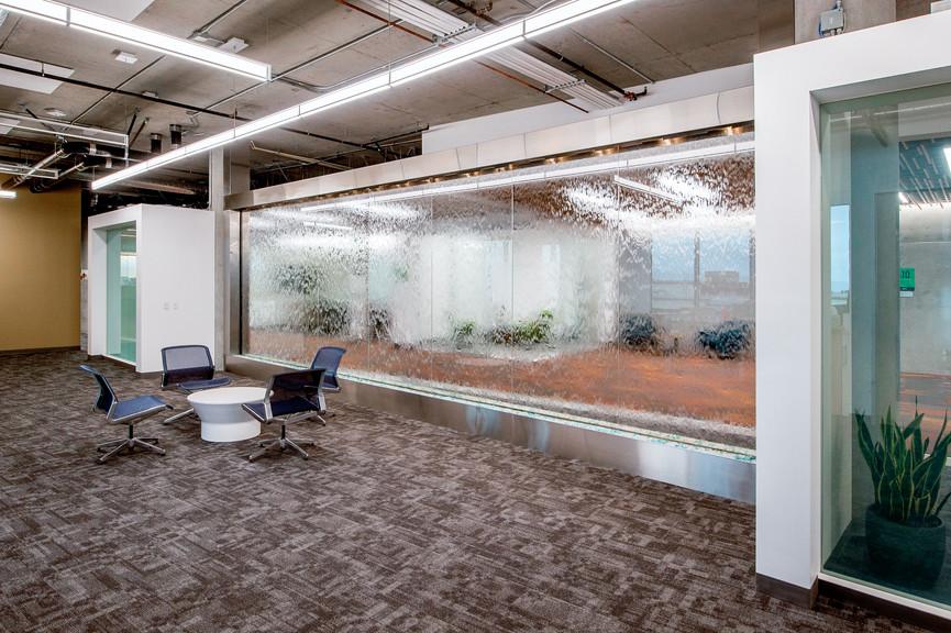 waterwall-and-loungejpg