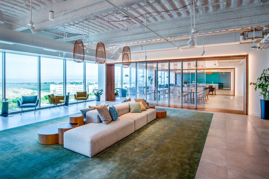 4th-floor-loungejpg