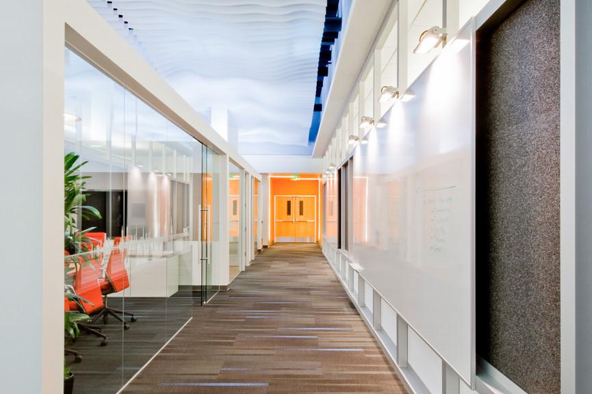 corridor-vertical-2jpg