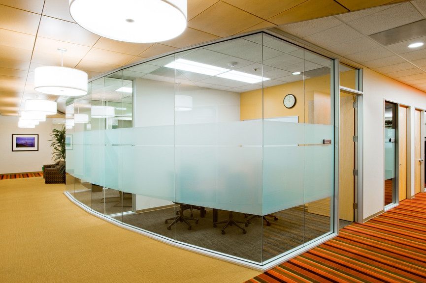 conference-room-ext-3jpg
