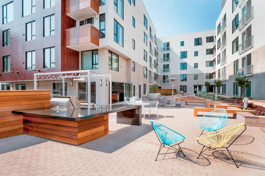 patio-seating-2jpg