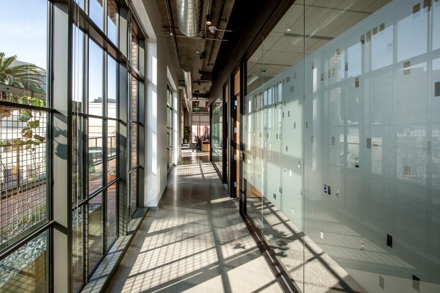 corridor-5jpg