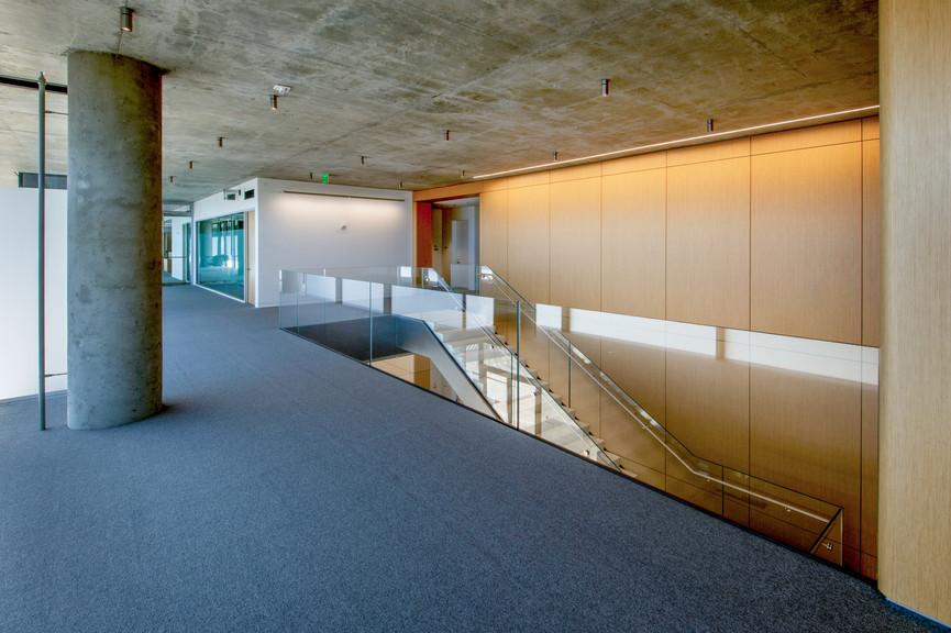 second-floor-landingjpg