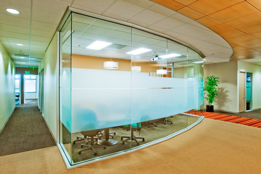 conference-room-ext-1jpg