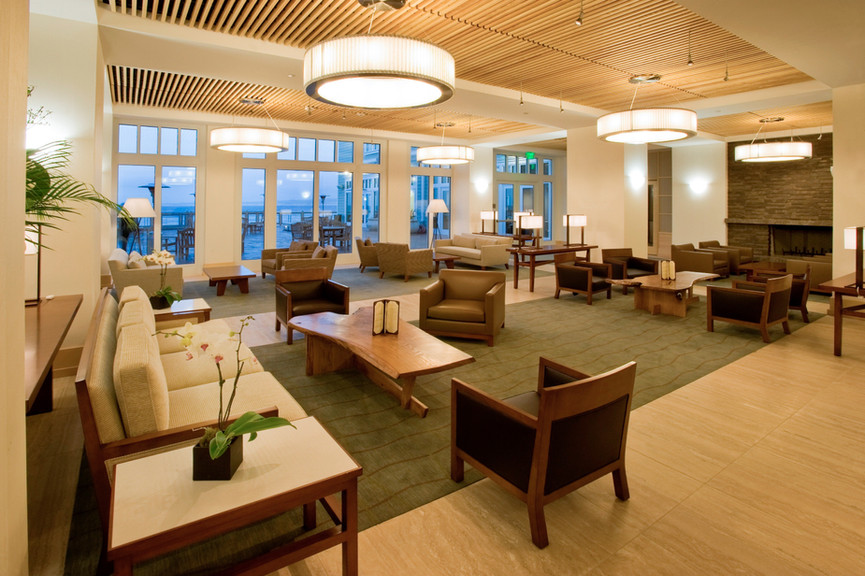 lobby-fireplace-and-oceanjpg