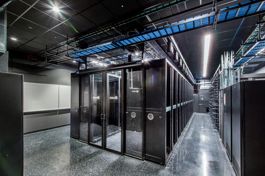 server-rom-3jpg