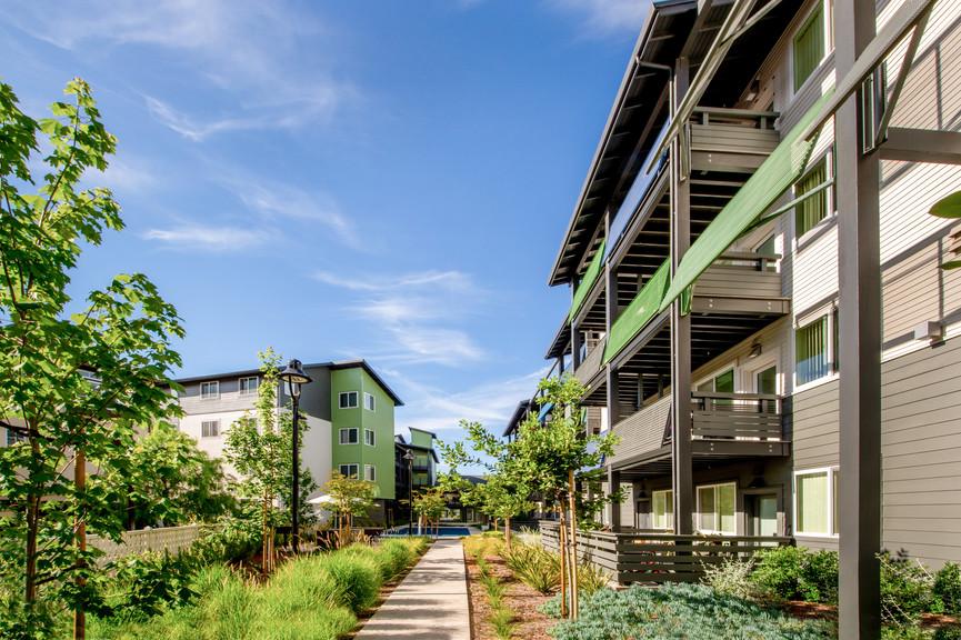 courtyard-3-2jpg