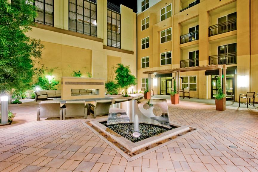 courtyard-3jpg