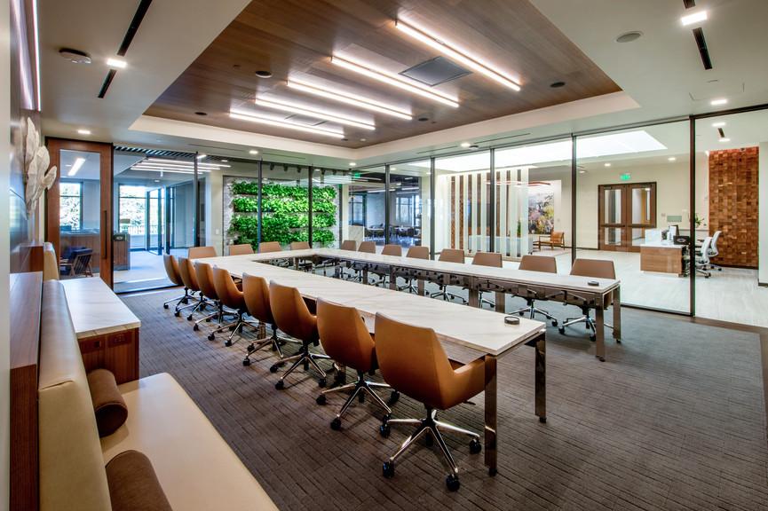 4th-floor-boardroom-and-lobbyjpg