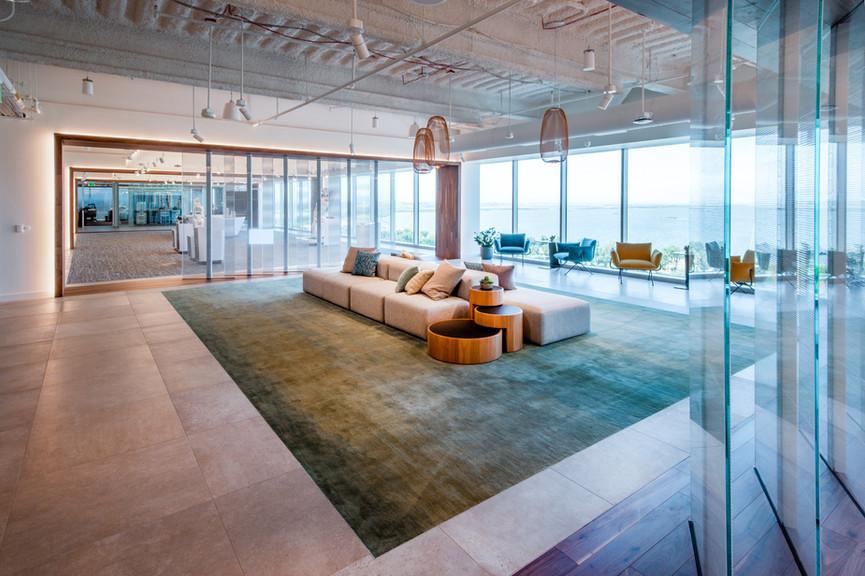 4th-floor-lounge-2jpg