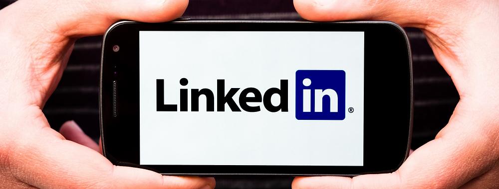 Top 12 LinkedIn Profile Tips