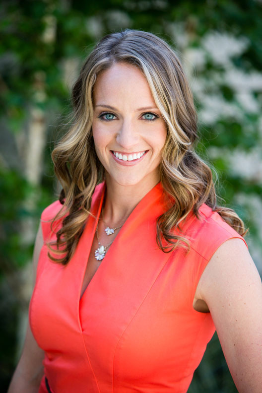 Carly Glova, Commercial Real Estate Recruiter