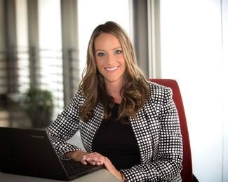 Carly Glova | San Diego Daily Transcript Top 40 Professionals Under 40