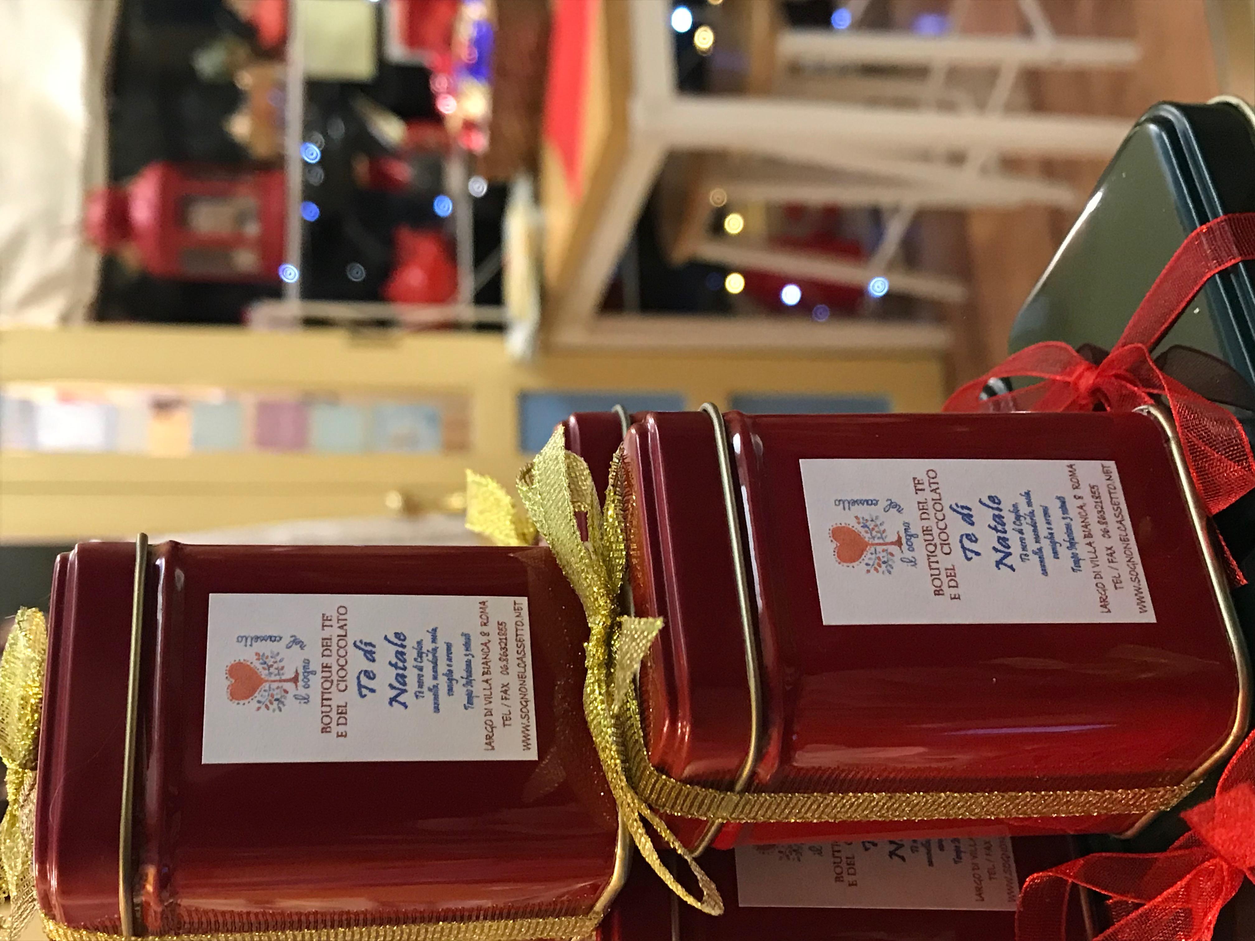 Scatoline di tè di Natale