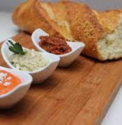 Brot mit Dip.jpg