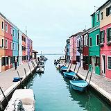 다채로운 건물들