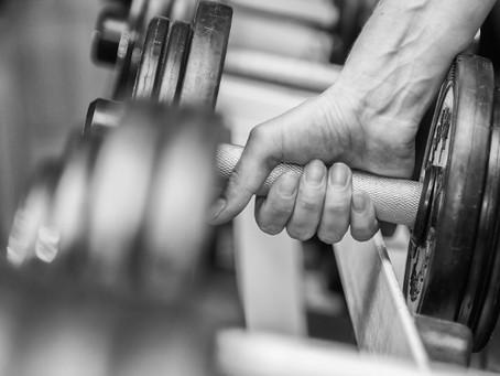 Como tomar o Whey Protein isolado para ganhar massa muscular magra e obter o maior benefício.