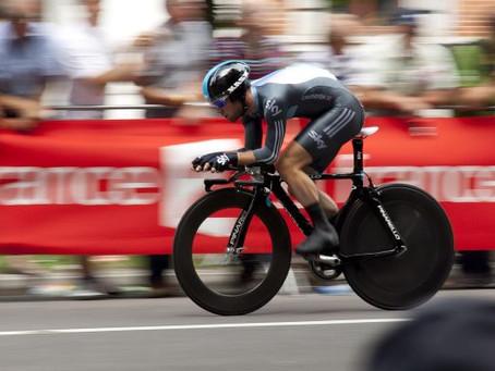 Qual é a relação entre o ciclismo e a dor nas costas.