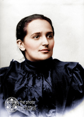 Colorizing Remarkable Women - Saint Laura, first and only Colombian Saint