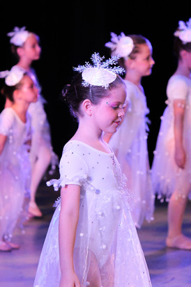 WEB FDP Neverland 2015 Snowflakes_5978.j