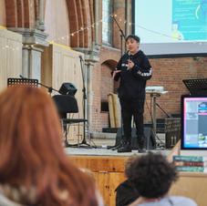Tilum giving his seminar (2)