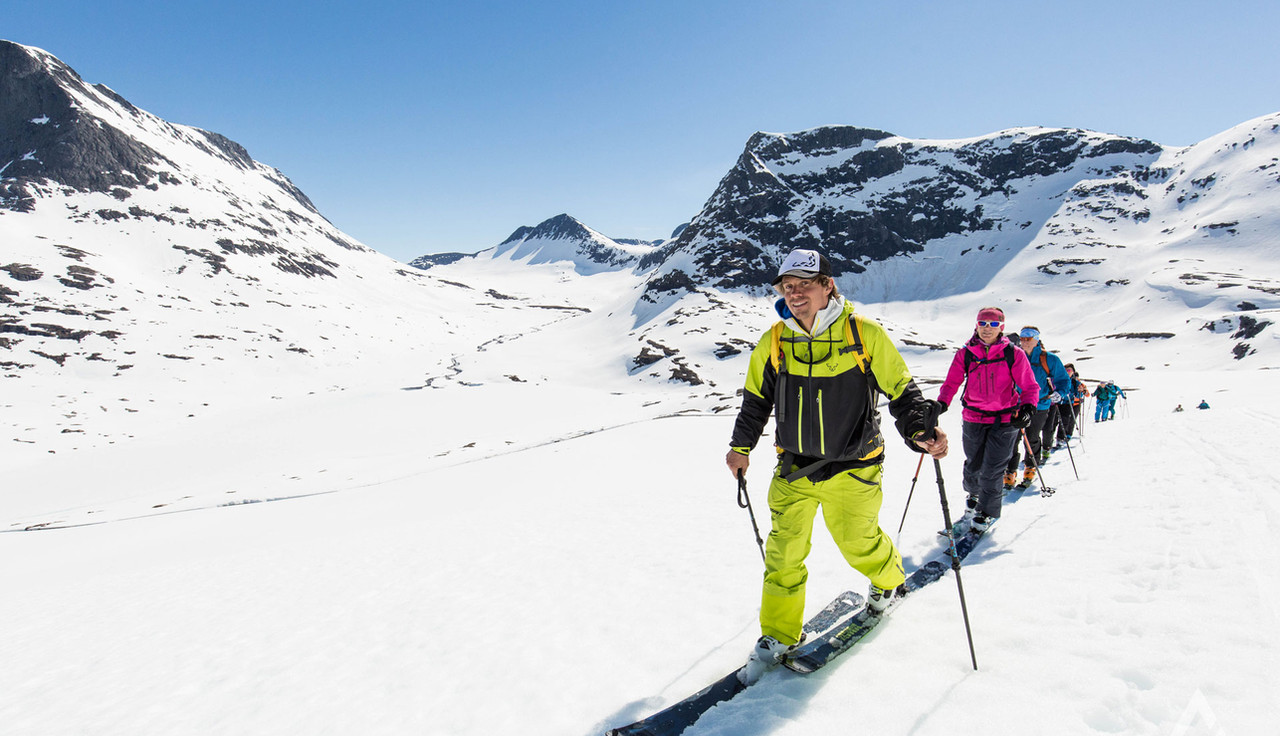 VisitNorway_SkitouringRomsdalen_Saturday