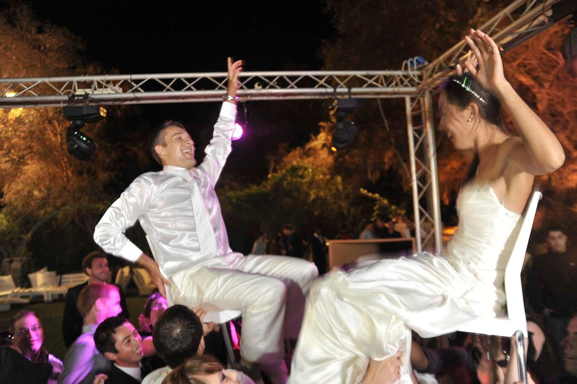 החתונה של שרה ולוק , 25.11.2010  היקב בקיסריה (13).jpg
