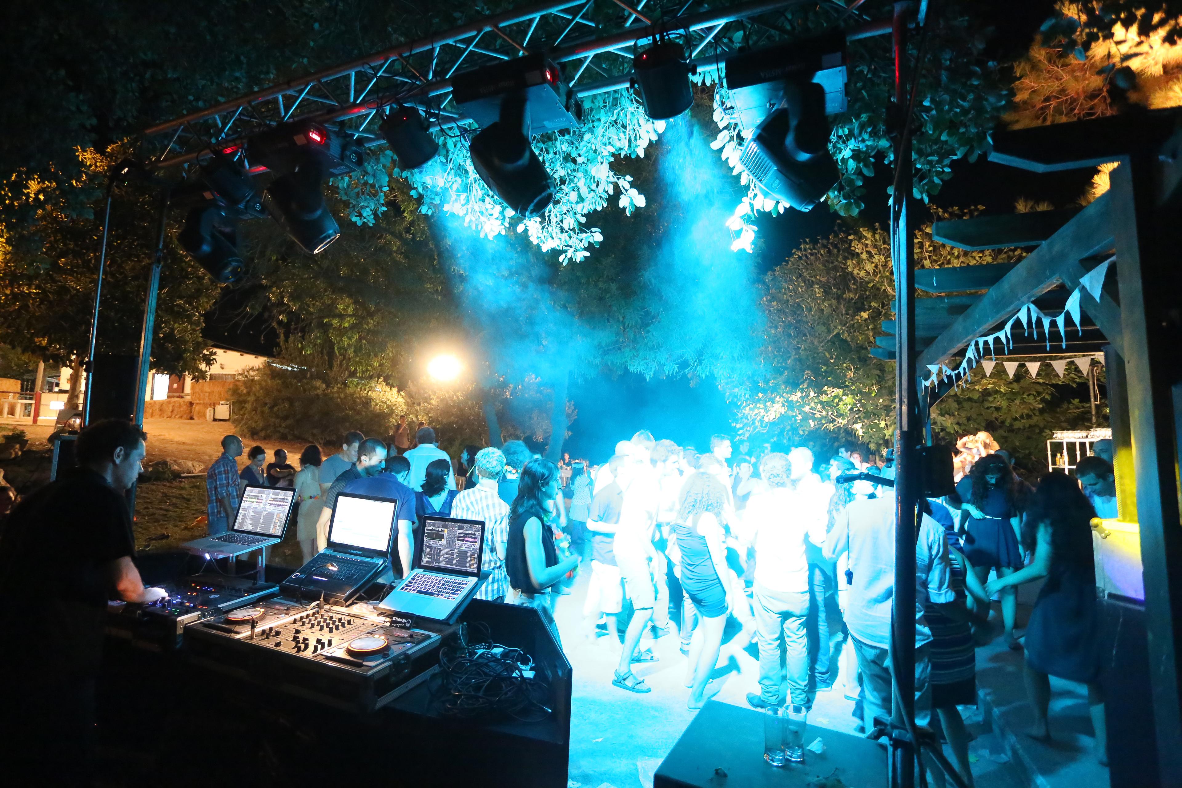 שגב וניצן - ספטמבר 2012 קיבוץ דליה מומנט צלמים (3).jpg