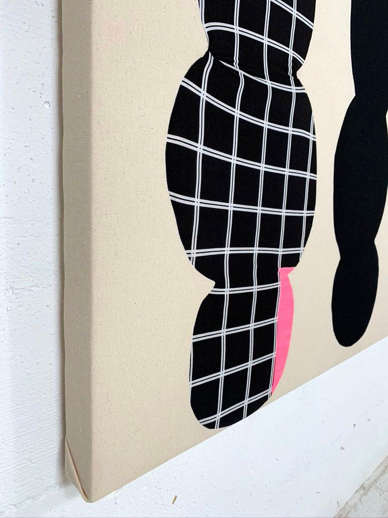 (detail) Black Grid