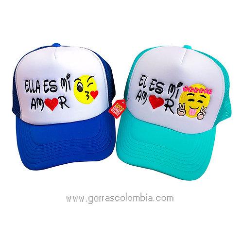 gorras azul y verde frente blanco para pareja mi amor emoji