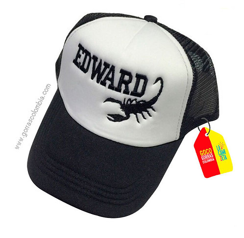 gorra negra frente blanco personalizada escorpion