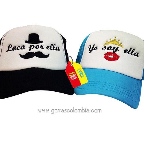 gorras negra y azul frente blanco para pareja loco por ella mostacho