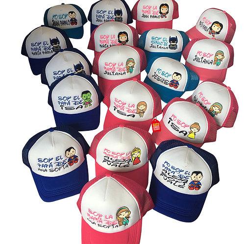 gorras azules y fucsia frente blanco para familia super heroes