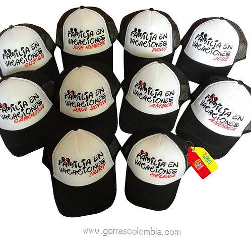 gorras negras frente blanco para familia en vacaciones