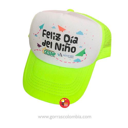 gorra verde frente blanco para niño fiesta feliz dia del niño