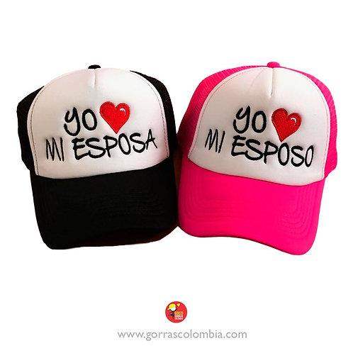 gorras negra y fucsia frente blanco para pareja esposo y esposa