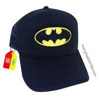 gorra negra unicolor de superheroes batman