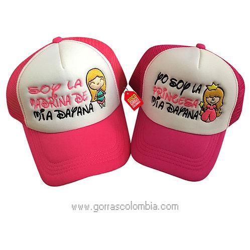 gorras fucsia frente blanco para familia madrina y princesa