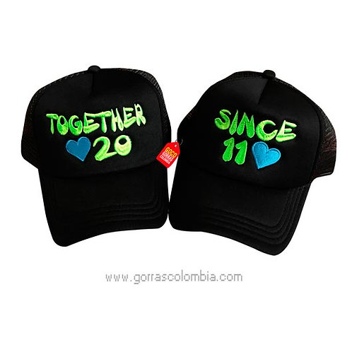 gorras negras unicolor para pareja together and since