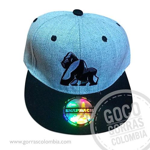 gorra gris con visera negra personalizada gorila